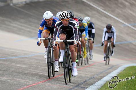 Le cycliste de Team Genève, Lo!ic Perizzolo.
