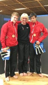 Jonathan a décroché l'or aux 7 Nations en plongeon synchronisé à 3 mètres avec  Simon Rieckhoff